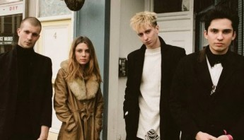 wolf alice storms pic