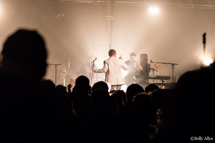 Baxter Dury en concert au Trianon, à Paris, le 1er décembre 2017