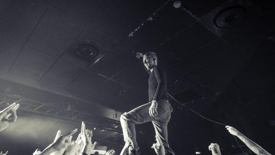 FRANK CARTER en concert au Trabendo, à Paris, le 13 mars 2018