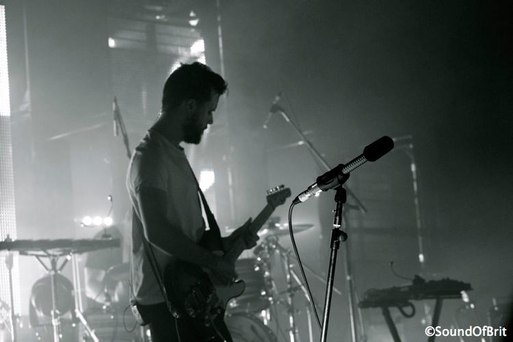 White Lies en concert au Trianon, Paris le 2 décembre 2013