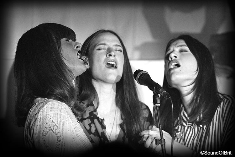 The Staves en concert aux chalets des îles à Paris le 6 novembre 2014