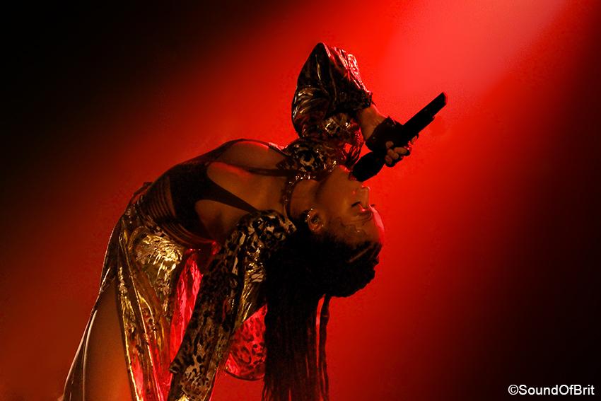 FKA Twigs en concert au Casino de Paris le 4 mars 2015