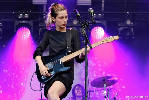 Wolf Alice en concert à Rock en Seine, le 28 août 2015