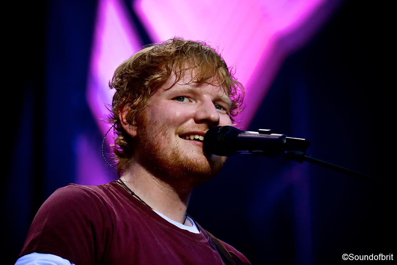 Ed Sheeran sur la scène du Stade de France