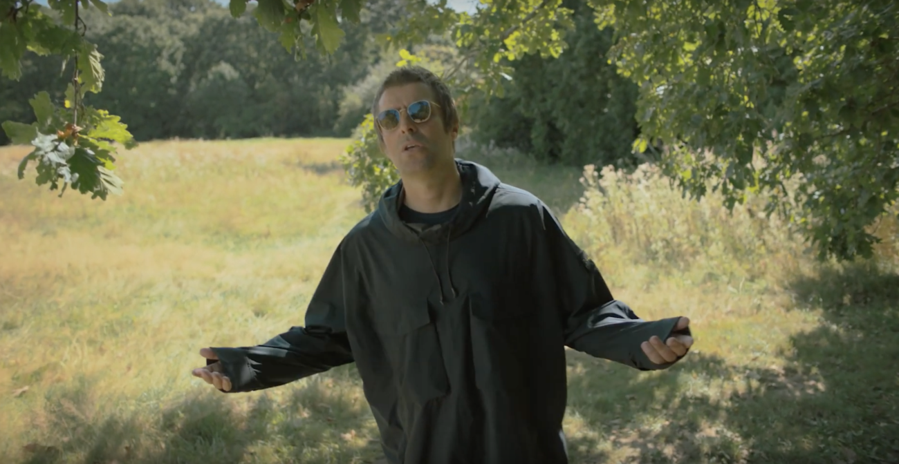 "Capture d'écran de la vidéo ""73 questions with Liam Gallagher"" de Vogue Magazine"